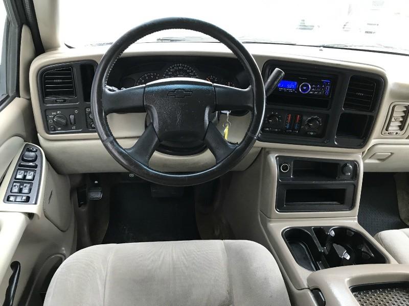 Chevrolet Tahoe 2003 price $2,995