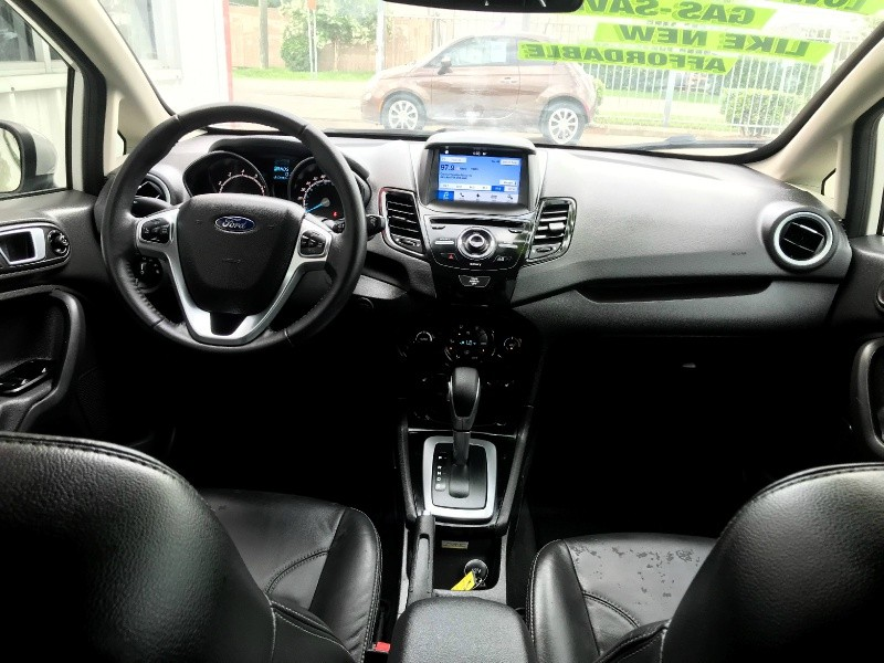 Ford Fiesta 2016 price $8,995