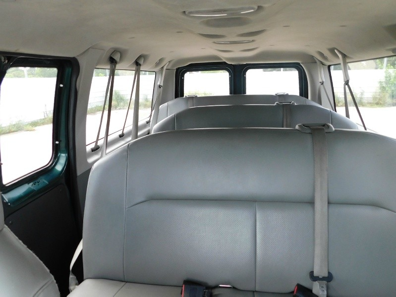 Ford Econoline Wagon 2009 price $7,995
