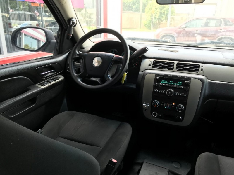 Chevrolet Tahoe 2011 price $6,995