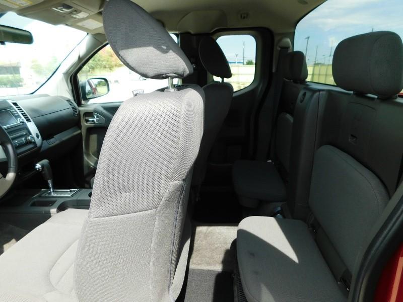 Nissan Frontier 2018 price $14,995
