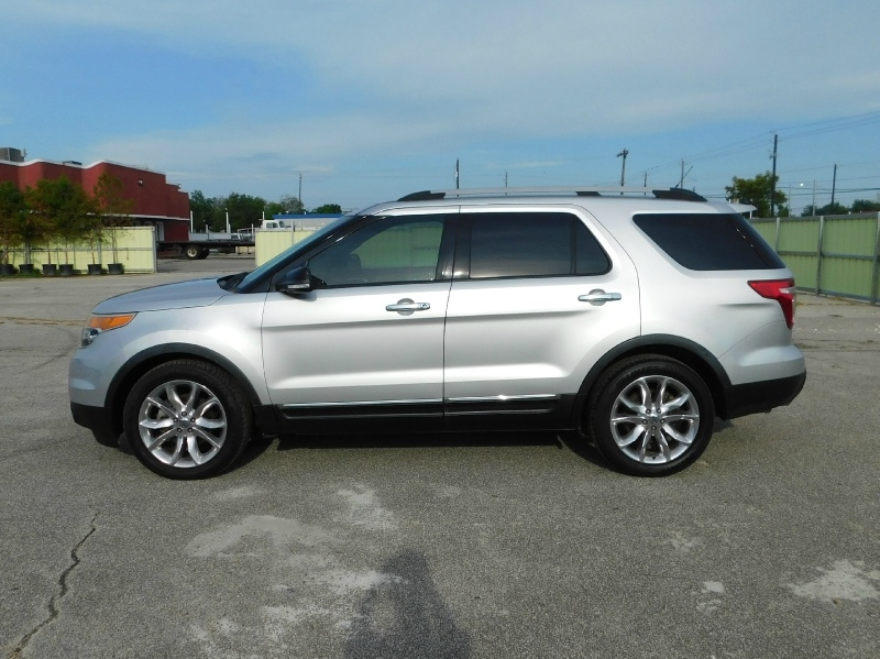 Ford Explorer 2011 price $10,995