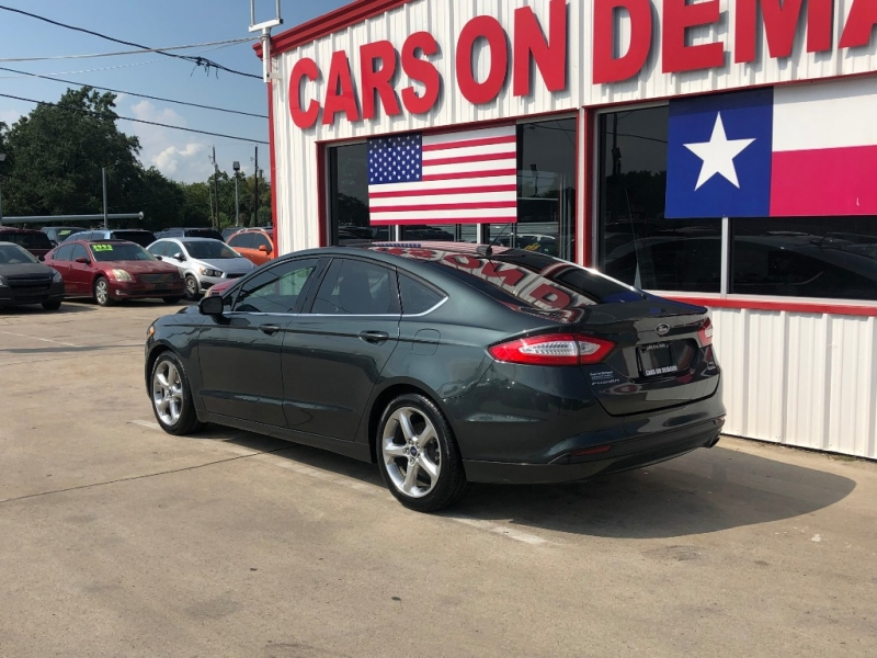 Ford Fusion 2015 price $9,995