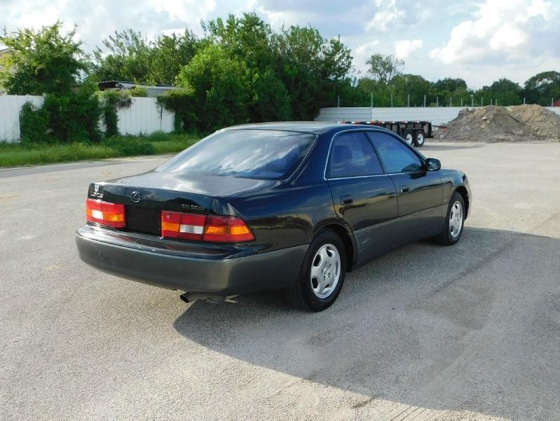 Lexus ES 300 Luxury Sport Sdn 1999 price $1,995