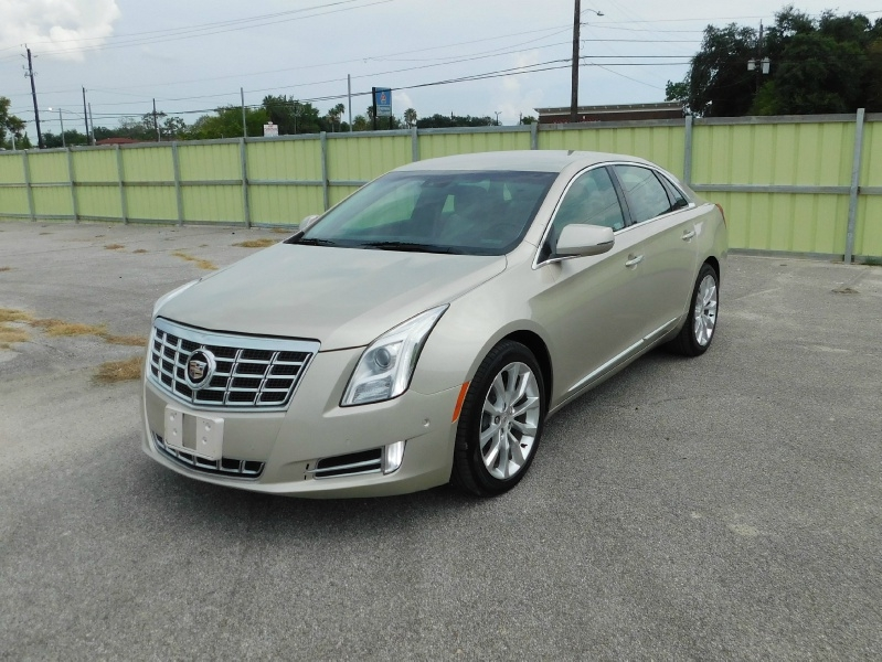 Cadillac XTS 2015 price $14,995