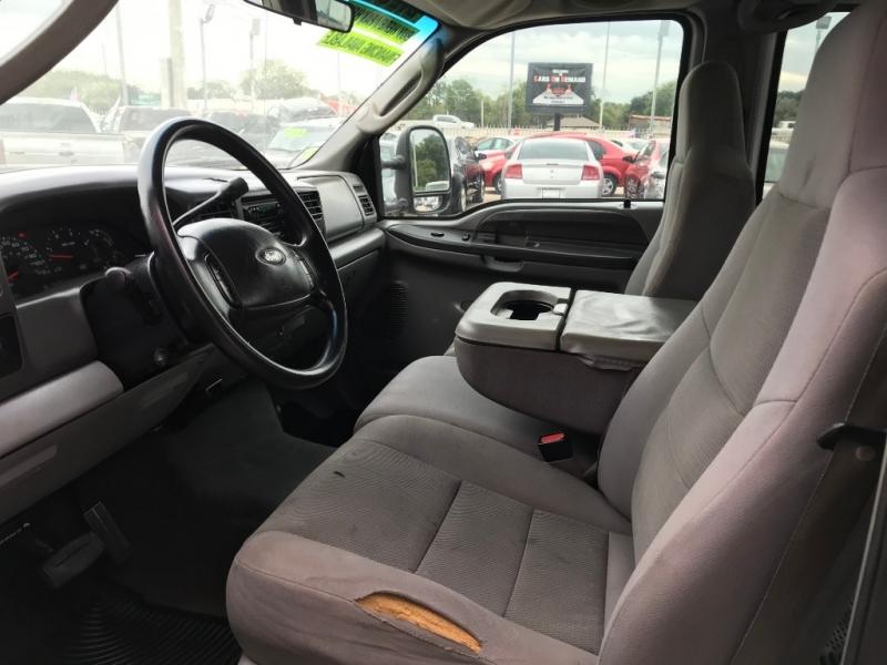 Ford Super Duty F-250 2004 price $5,995