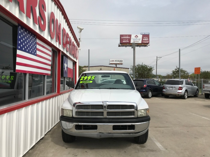 Dodge Ram 2500 2002 price $2,995