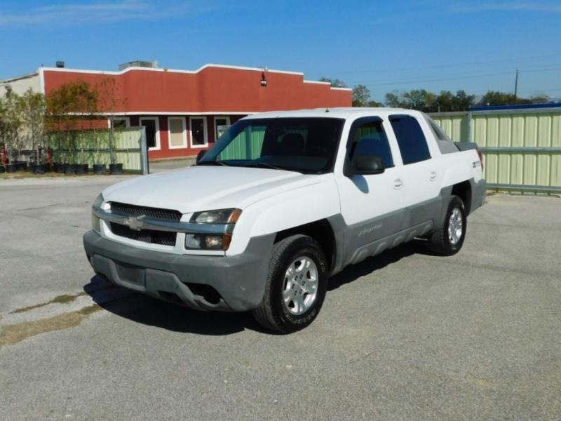 Chevrolet Avalanche 2002 price $4,995