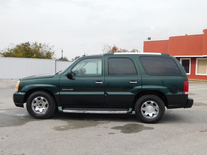 Cadillac Escalade 2003 price $6,995