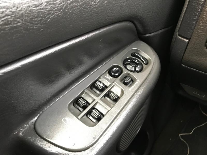 Dodge Ram 3500 2005 price $11,995