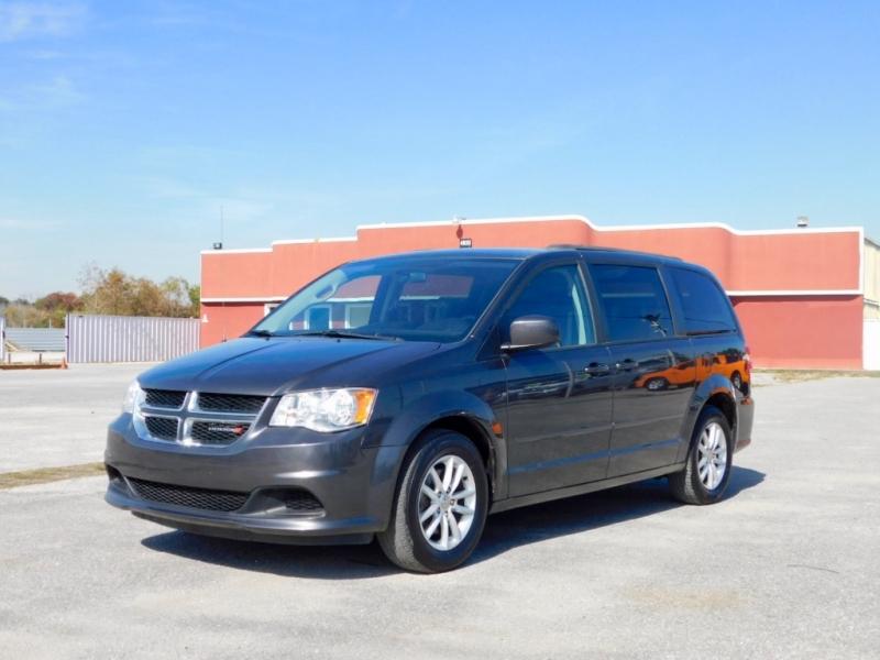 Dodge Grand Caravan 2016 price $10,995