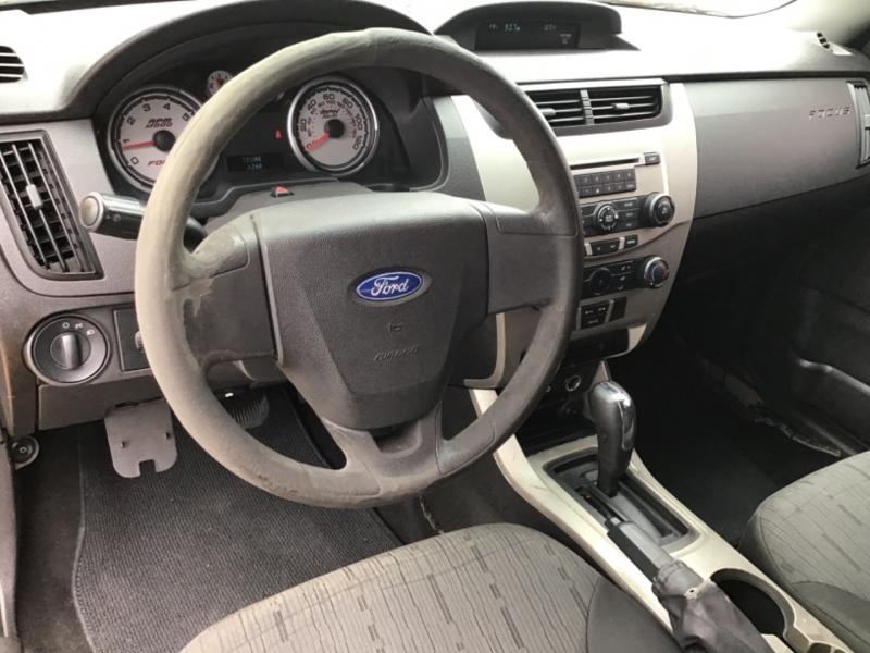 Ford Focus 2009 price $3,995