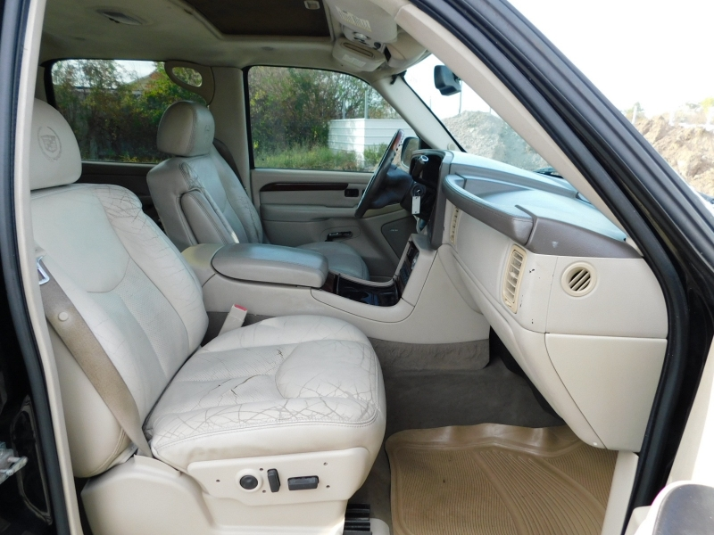 Cadillac Escalade EXT 2005 price $5,995