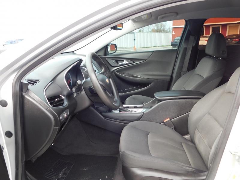 Chevrolet Malibu 2017 price $10,995