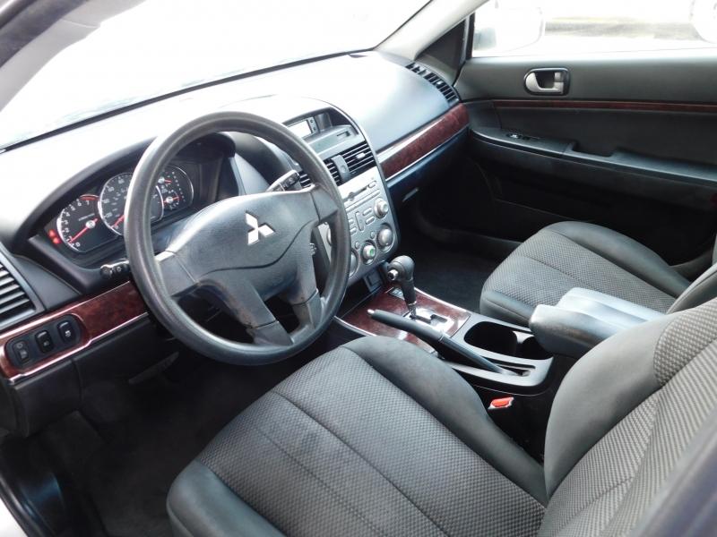Mitsubishi Galant 2012 price $3,995