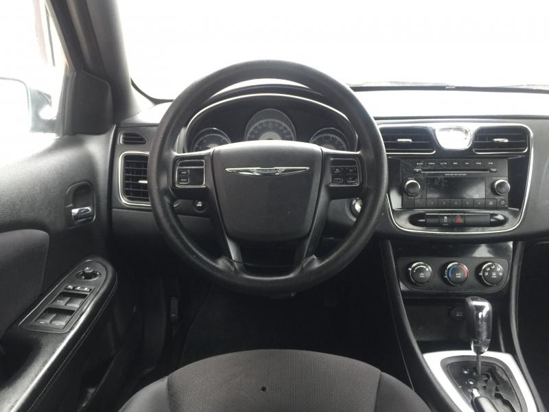 Chrysler 200 2014 price $6,995