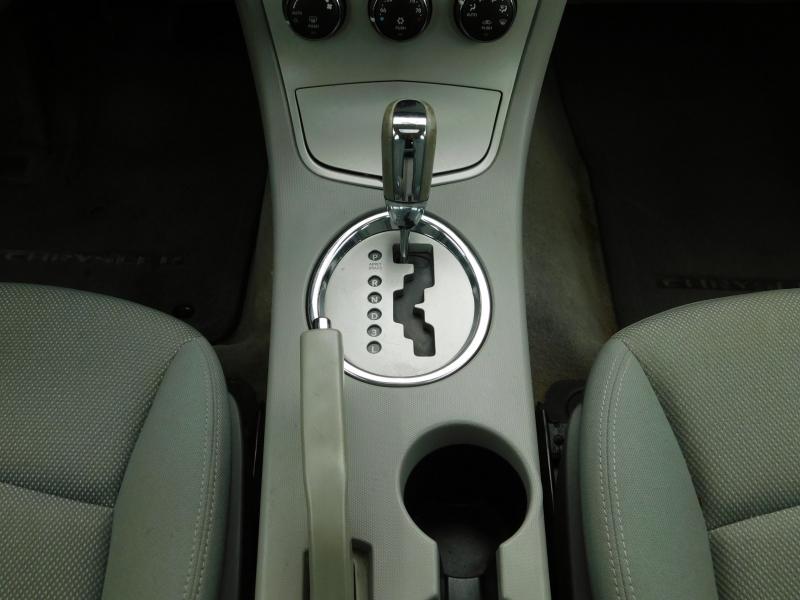Chrysler Sebring Sdn 2007 price $5,995