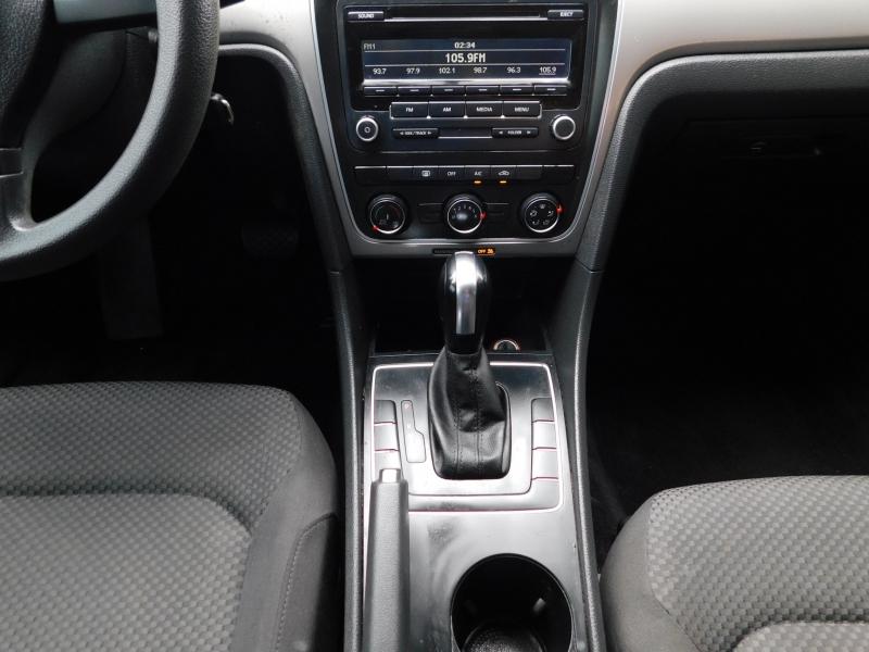 Volkswagen Passat 2013 price $7,995