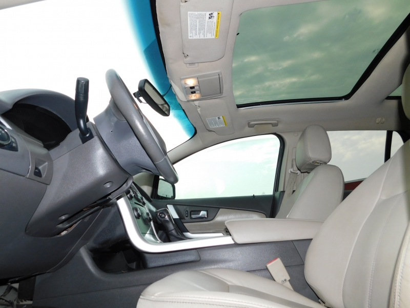 Ford Edge 2013 price $11,995