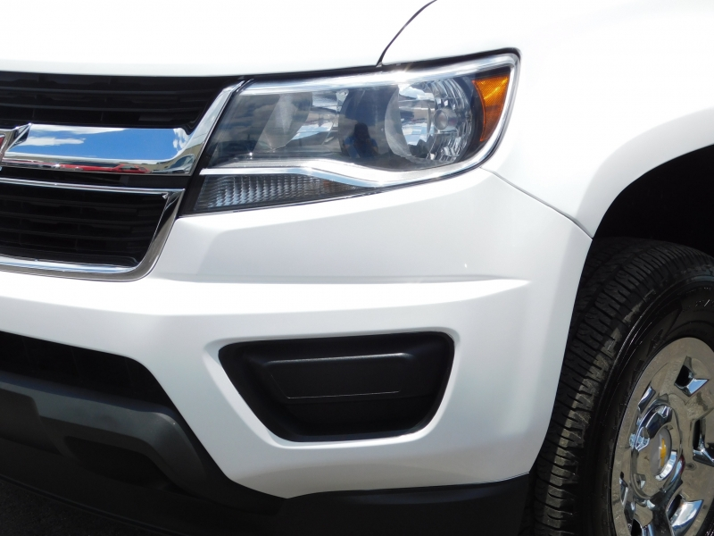 Chevrolet Colorado 2019 price $18,995