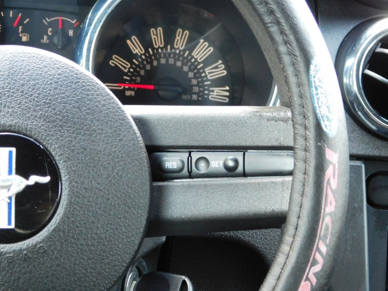 Ford Mustang 2008 price $7,995