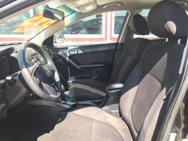 Kia Forte 5-Door 2013 price $4,995