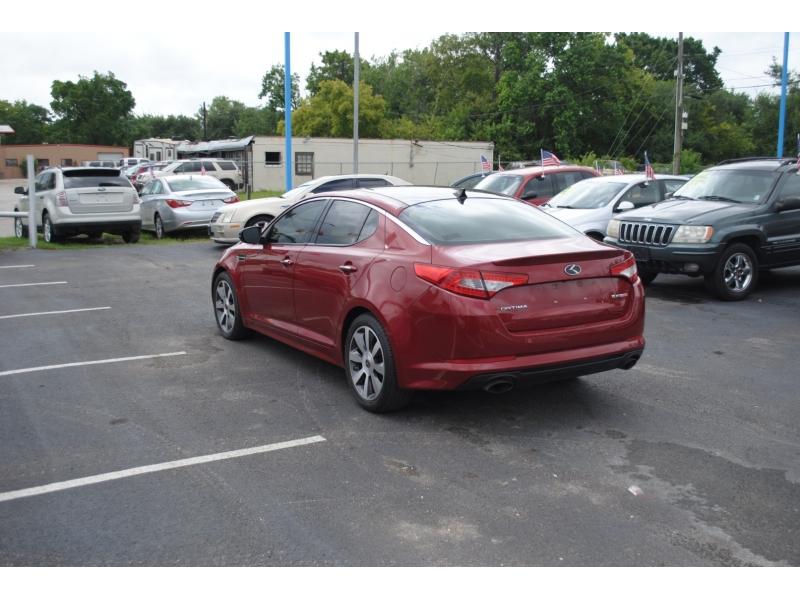 Kia Optima 2012 price $9,995