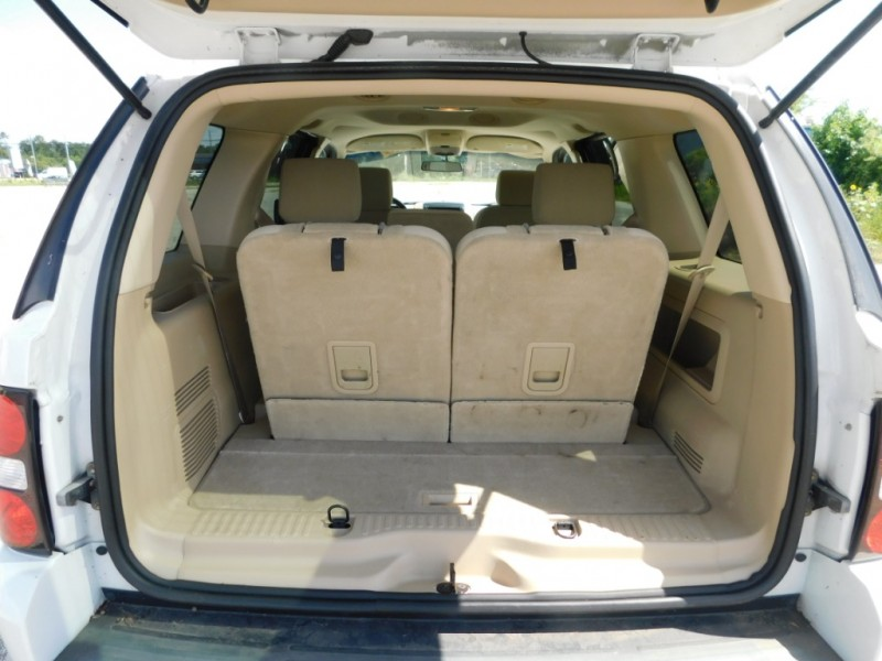 Ford Explorer 2006 price $4,895