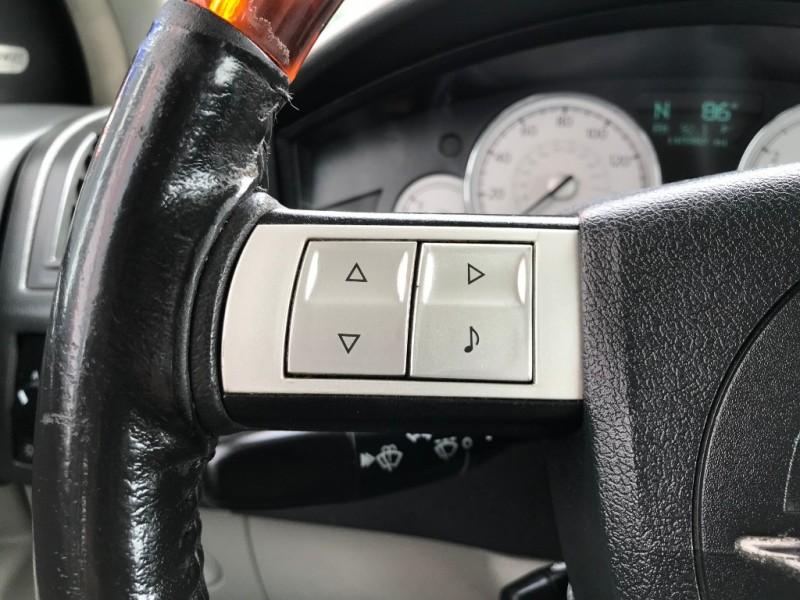 Chrysler 300-Series 2006 price $5,995