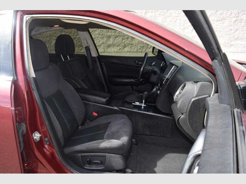 Nissan Maxima 2012 price $8,800