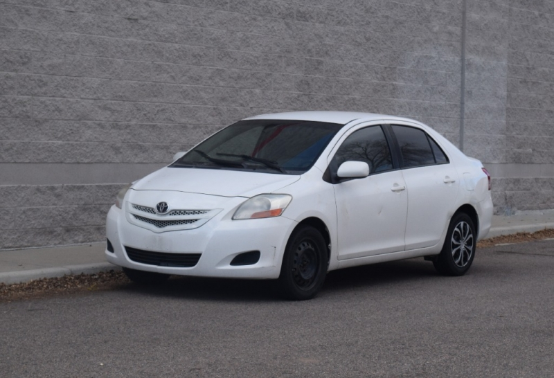 Toyota Yaris 2008 price $2,399