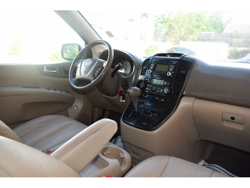 Kia Sedona 2012 price $5,987