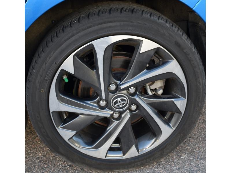 Toyota Corolla iM 2018 price $11,880