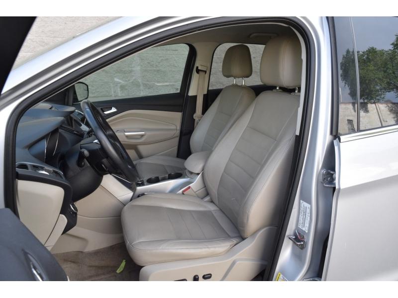 Ford Escape 2013 price $8,799