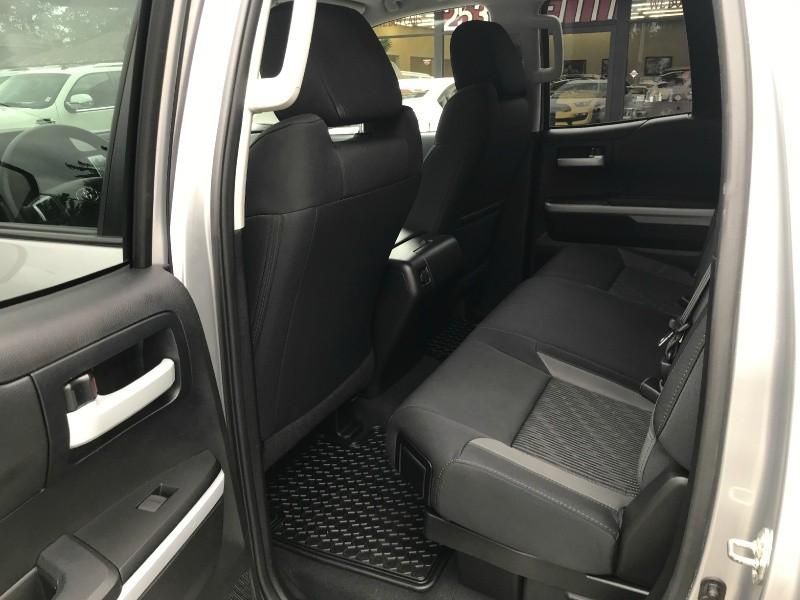 Toyota Tundra 4WD Truck 2014 price $29,599