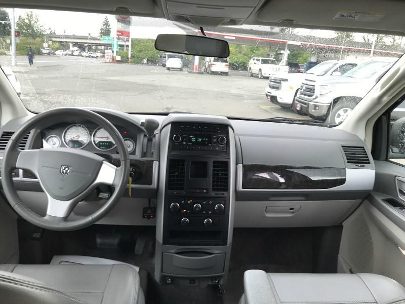 Dodge Grand Caravan 2010 price $25,999