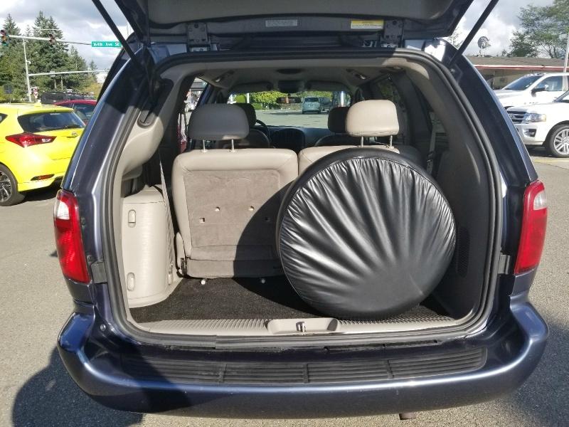Dodge Grand Caravan 2002 price $15,999
