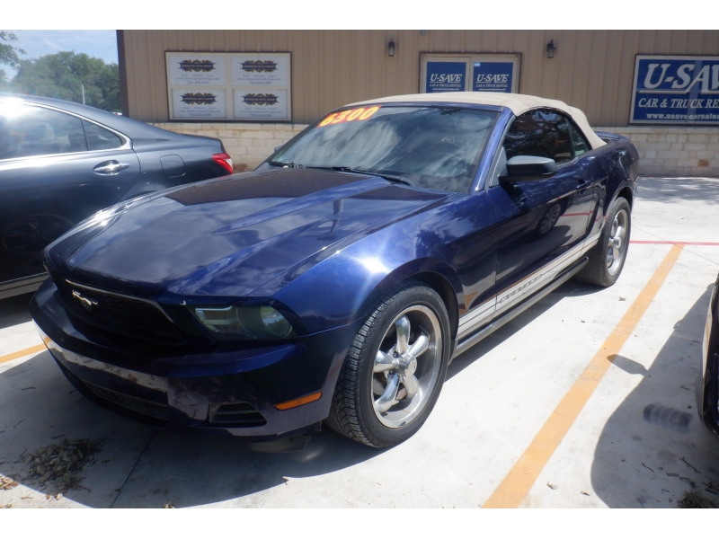 Ford Mustang 2010 price $6,200