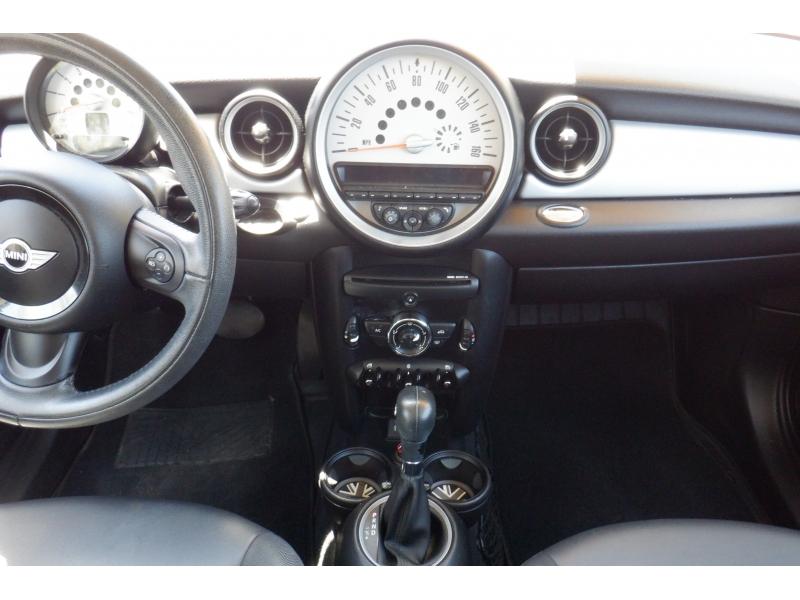 Mini Cooper Clubman 2013 price $5,800