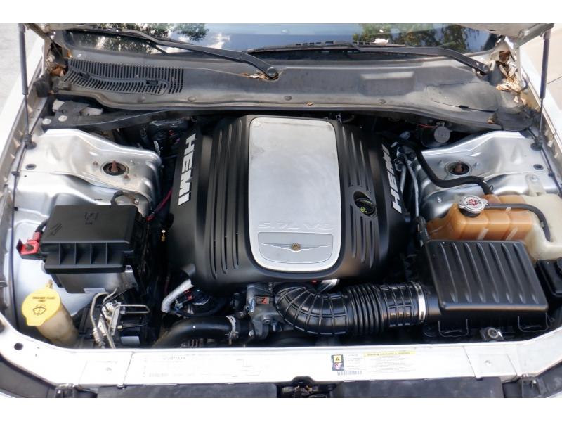 Chrysler 300 2007 price $4,400