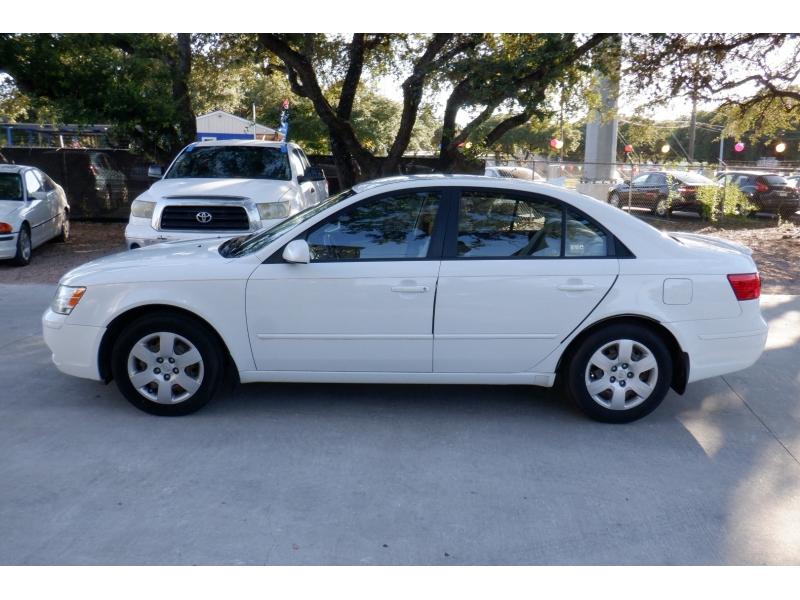 Hyundai Sonata 2009 price $3,700