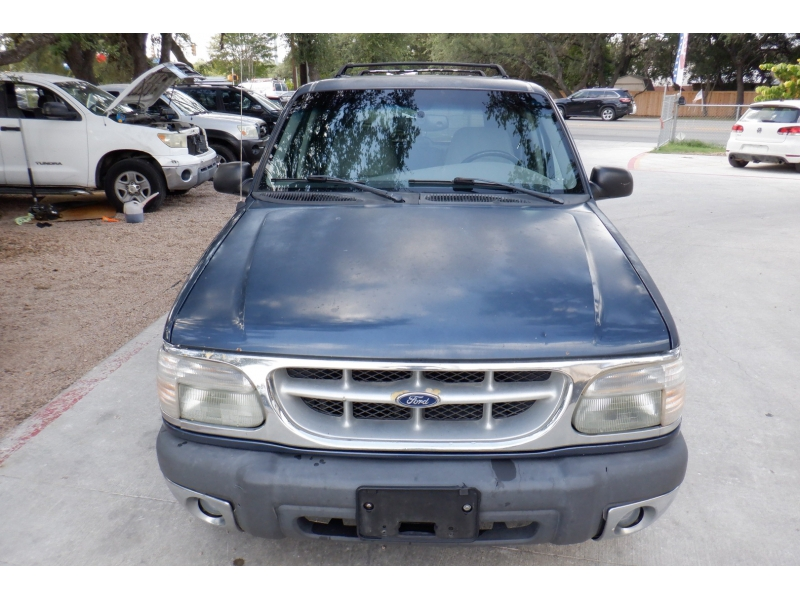 Ford Explorer 1999 price $1,900