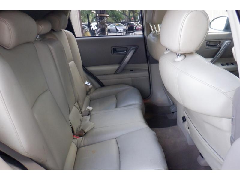 Infiniti FX35 2004 price $2,800