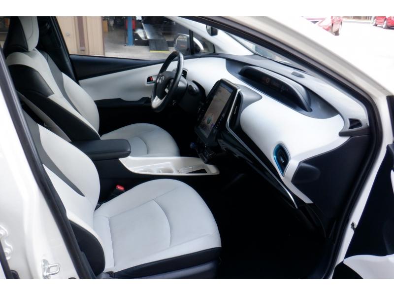 Toyota Prius 2018 price $15,500