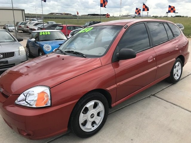 Kia Rio 2004 price $3,250