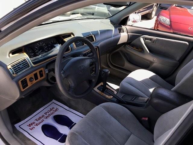 Toyota Camry 1997 price $2,450
