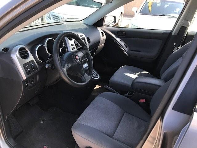 Pontiac Vibe 2004 price $3,350