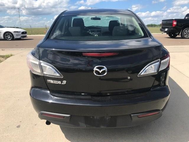 Mazda Mazda3 2010 price $4,450
