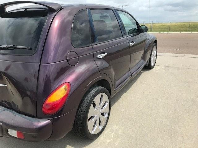 Chrysler PT Cruiser 2004 price $1,750