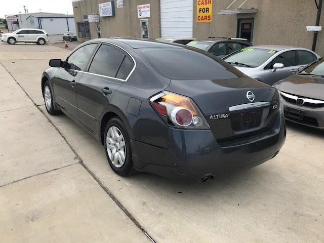 Nissan Altima 2009 price $4,450